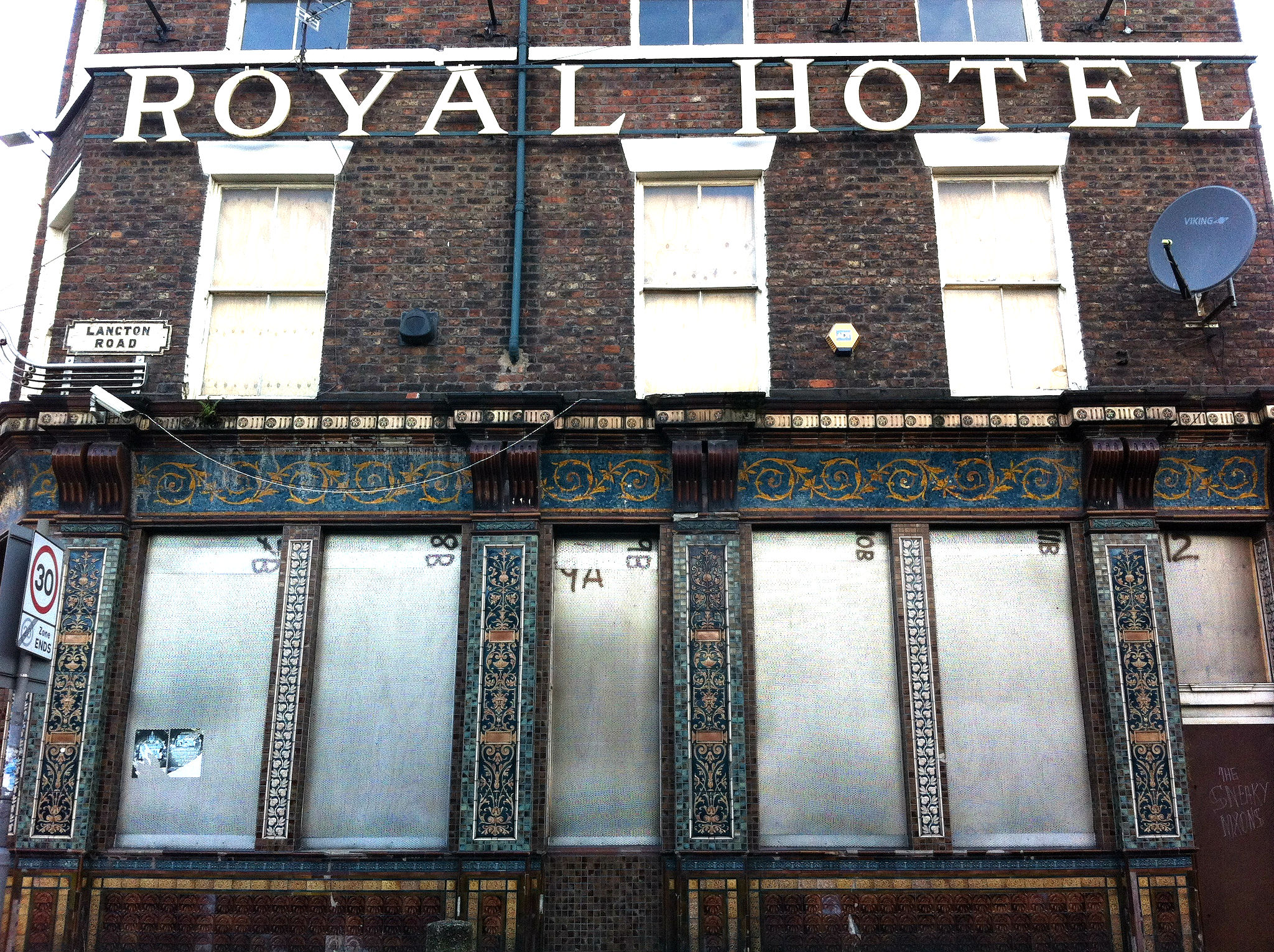 royal hotel smithdown road