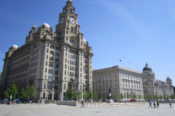 the_three_graces_liverpool_-_2012-05-27